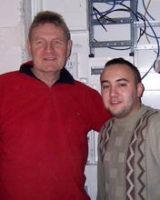Ingolf Mohr und Mitarbeiter Musa